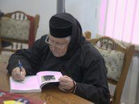 Stareţa Irina Pântescu, valoare înscrisă în patrimoniul Mănăstirii Voroneţ, se roagă pentru noi
