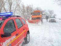 Circulaţie îngreunată din cauza zăpezii în zona de munte a judeţului