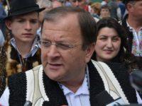 Preşedintele CJ Gheorghe Flutur: Hora nu va fi pe scenă, ci în mulţime