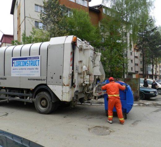 Licitaţia pentru ridicarea gunoiului, luată de la capăt după doi ani şi jumătate de proceduri, contestaţii şi procese