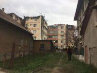 Dosar penal deschis de Parchetul Gura Humorului în cazul incendiului ce a mistuit 18 apartamente duplex de la mansarda unui bloc