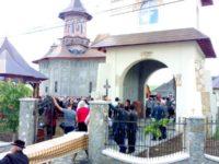 ÎPS Pimen a sfinţit o nouă biserică
