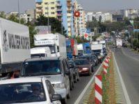 Magistrala rutieră, distrusă de traficul greu