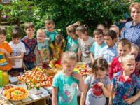 """""""Garden Party"""" la Grădiniţa """"Ţăndărică"""" din Suceava"""