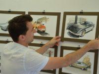 Adrian Mitu, pictorul care, pentru a face artă, a dat o nouă utilitate cafelei şi a folosit un vin vechi de mai bine de 40 de ani