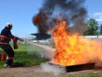 Pompierii voluntari din Brodina şi pompierii Egger Rădăuţi, câştigătorii finalei judeţene a concursurilor Serviciilor Voluntare şi Private pentru Situaţii de Urgenţă
