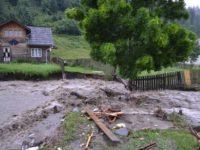 Inundaţii în Vatra Dornei şi în şapte comune ale judeţului