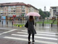 ANM anunţă un weekend cu furtuni