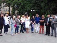 """Lucrările realizate în cadrul taberei """"Lumina Nordului"""", expuse în holul Primăriei Câmpulung Moldovenesc"""