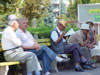 CAR Pensionari Suceava acordă ajutoare în valoare de 13.600 lei