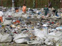 400.000 de tone de gunoaie răspândite pe platforme improprii