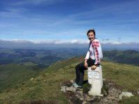 La 28 de ani, o suceveancă a devenit prima femeie Lider Montan Internaţional din România