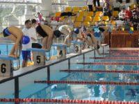 """Performanţe remarcabile pentru înotătorii de la ACS """"Nada Florilor"""" Fălticeni la o competiţie de prestigiu"""