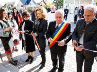 Un nou cămin pentru persoane vârstnice finanţat de Holzindustrie Schweighofer a fost deschis la Rădăuţi