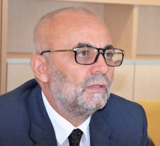 Vasile Rîmbu rămâne să-şi continue proiectele la Suceava