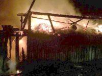 Incendiu de proporţii înregistrat ieri dimineaţă în centrul comunei Vama