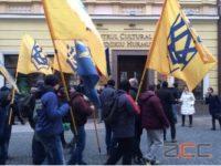 Naţionaliştii ucraineni continuă să-şi bată joc de românii din Cernăuţi