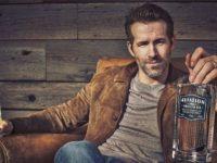"""Ryan Reynolds anunţă că este """"mândrul proprietar"""" al unei fabrici de gin"""
