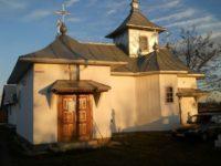 Biserica Sfinţii Împăraţi Constantin şi Elena din Horodnicenii Sucevei