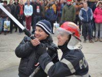 Activitate de informare preventivă desfăşurată de pompierii militari la CSEI Suceava