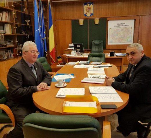 Valentin Popa, ministrul Educaţiei, a abordat cu primarul Ion Lungu finanţarea de urgenţă a unor obiective şcolare sucevene