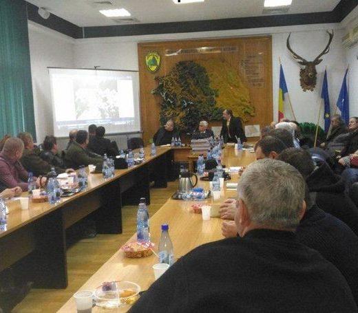 Desant de controlori în pădurile şi la exploatatorii de lemn din judeţul Suceava