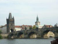 Despre tăcere în Praga de Aur