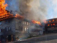 Satul Roşiori a fost în weekend sub blestemul focului