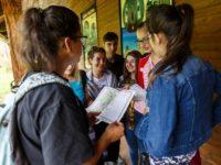 """Elevi şi studenţi au participat la atelierele """"Cacica: Oameni şi Sare"""""""