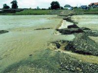 Podul provizoriu de la Milişăuţi va putea fi folosit doar de localnici