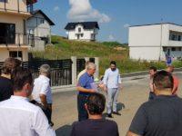 """Primarul Ion Lungu s-a întâlnit cu tinerii care şi-au construit case în cartierul """"Europa"""""""