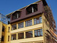 Primăria Suceava alocă în plus 2,5 milioane de lei pentru lucrări la unităţi şcolare