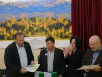 """Trei distincții """"Meritul Bucovinei"""", acordate la Mălini"""