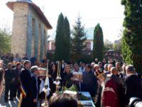 Bustul ÎPS Vladimir de Repta, Mitropolitul Unirii Bucovinei cu Ţara, a fost dezvelit la Siret