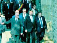 Preşedintele Klaus Iohannis va participa, la Cetatea de Scaun a Sucevei, la ceremonia oferirii Drapelului Naţional al României