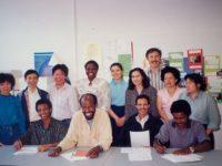 Subsemnatul alături de colegi din Portugalia, Eritrea, Somalia, Angola, Vietnam, China şi Hong Kong, în primul an de studiu