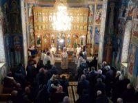 """Sf. Liturghie arhierească şi slujbă de binecuvântare pentru deschiderea şantierului la Mănăstirea """"Bogdana"""""""