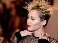 Miley Cyrus a negat zvonurile că este însărcinată