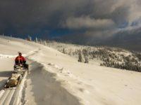 Salvamontiştii dorneni au avut peste 90 de intervenţii pe pârtiile de schi