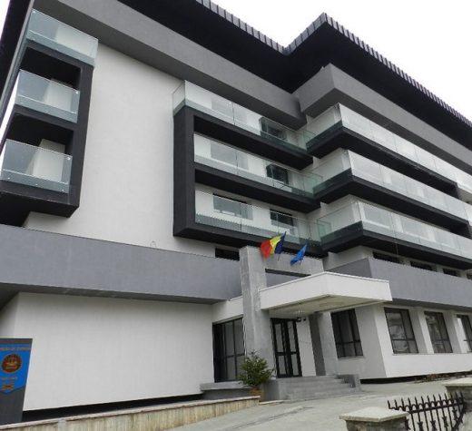 La Şcoala Profesională Specială Câmpulung Moldovenesc, studii universitare şi postuniversitare plătite nelegal
