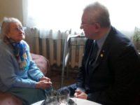 Centenara Sucevei, Lucea Bohatereţ, felicitată de 8 Martie de primarul Ion Lungu