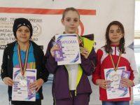 Înotătorii suceveni s-au descurcat foarte bine la calificările pentru campionatele naţionale