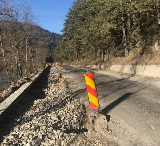 DN 18 va avea strat de asfalt până în 10 mai