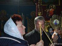 """""""Hristos a înviat!"""" şi """"Adevărat a înviat!"""" au mărturisit credincioşii ortodocşi suceveni"""