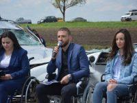 Ştefan Mandachi, conferinţă de presă în scaune cu rotile