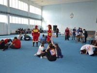 Elevi suceveni s-au întrecut într-un concurs educativ privind situaţiile de urgenţă