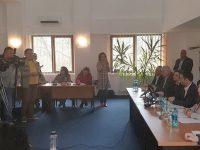 Ministrul Dezvoltării Regionale a semnat contracte pentru construcţia unor centre culturale în Suceviţa şi Todireşti şi pentru o sală de educaţie fizică în Arbore
