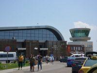 Aeroportul Suceava atacă în instanţă corecţia financiară aplicată după controalele cerute de Comisia Europeană la proiectele aeroportuare