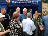 Primarul Ion Lungu a oferit şi în acest an porţii de sarmale pelerinilor veniţi la Hramul Sucevei