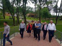 Primarii de municipii veniţi la Comitetul Director al AMR au vizitat mai multe proiecte finalizate în Suceava
